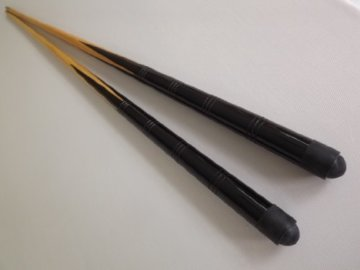 2 kleine 36 inch pool /snooker Cues & 4 x 11mm Schraub-tips - 1
